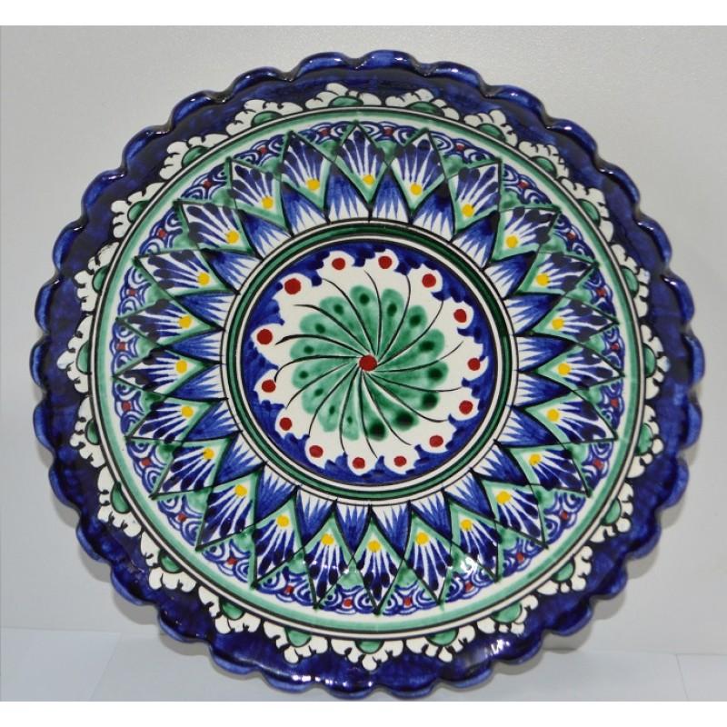 Тарелка Накша синяя резная 19 см с рифлеными краями